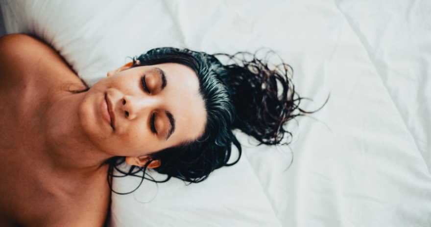Why It Is Necessary to Avoid the Sleep with Wet Hair?